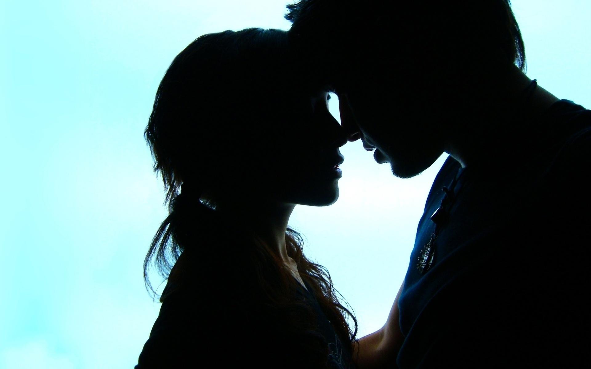 картинки на тему целующиеся можно надеть волшебную
